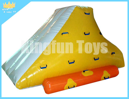 Inflatable climbing water mountain