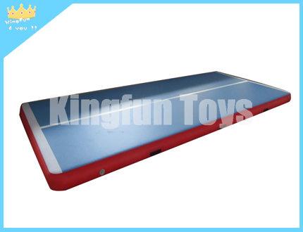 Blue Training air mattress with red
