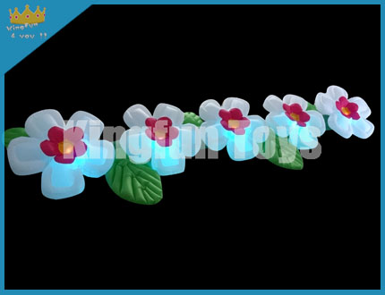 Beautiful flower chain with led