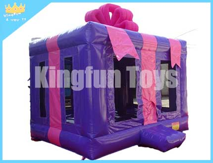 Gift bounce house