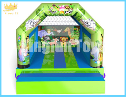 Durable inflatable bounce house